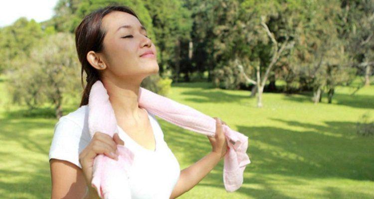 Tập thể dục là một trong những phương pháp chăm sóc sức khỏe hiệu quả, (Nguồn ảnh: Internet)