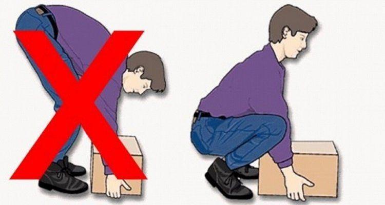 Làm việc sai tư thế là một trong những nguyên nhân gây ra thoái hóa khớp ở người trẻ tuổi. (Nguồn ảnh: Internet)