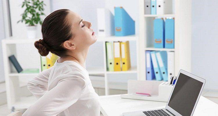 Rối loạn cơ xương, khớp.. là một trong những chứng bệnh thường gặp của dân văn phòng (Nguồn ảnh: Internet)