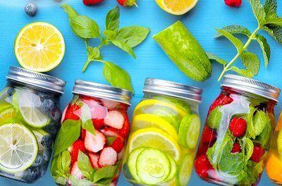 Công thức nước detox đơn giản