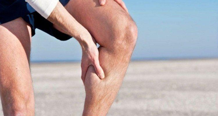 Nếu thấy tình trạng đau cơ bắp ngày càng nặng thì hãy tiến hành thải độc cơ thể ngay lập tức. (Nguồn ảnh: Internet)