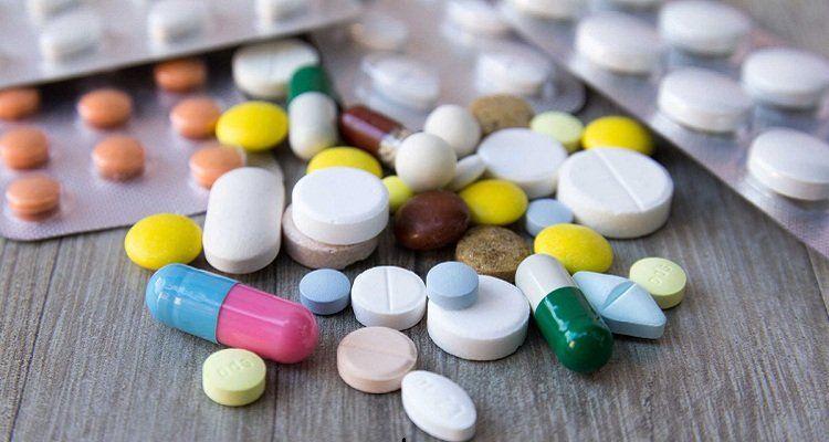 Sử dụng thuốc tây không kê đơn là sai lầm thường gặp khiên biến chứng tiểu đường ngày càng nặng. (Nguồn ảnh: Internet)