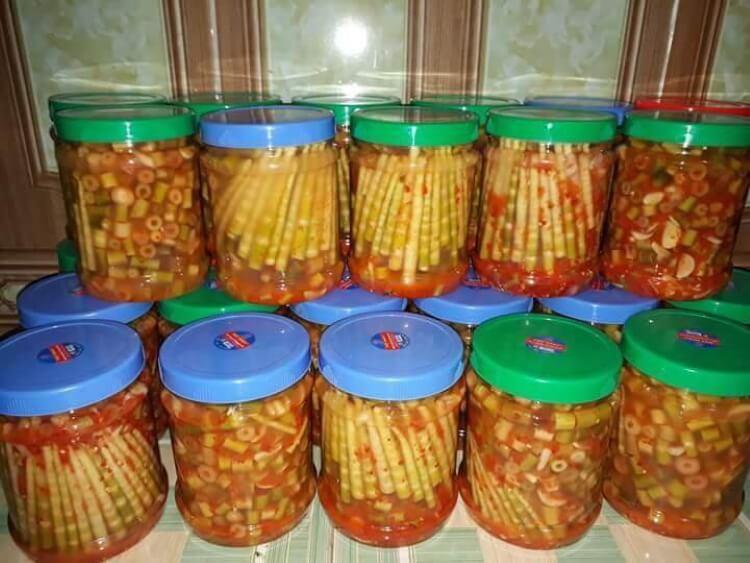 Măng ớt Trạm Tấu là đặc sản Yên Bái rất được yêu thích.