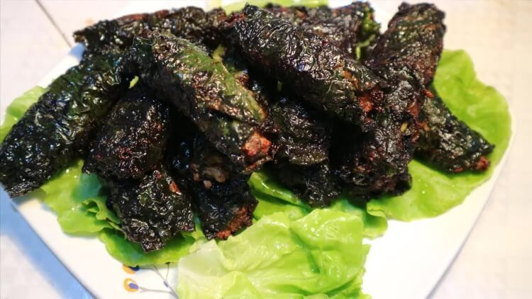 Bạn cũng có thể thử chế biến thịt rắn chả lá lốt cho bữa ăn thêm ngon miệng.