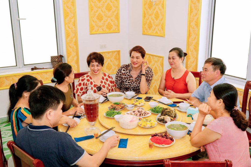 Chăm sóc sức khỏe người cao tuổi với Đại Phú An
