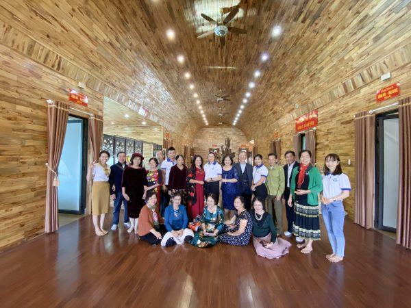 Khách hàng đến Đại Phú An